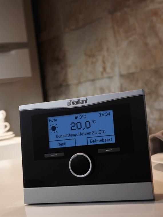 //www.vaillant.pl/media-master/global-media/vaillant/product-pictures/scene/control13-31181-01-39834-format-3-4@570@desktop.jpg