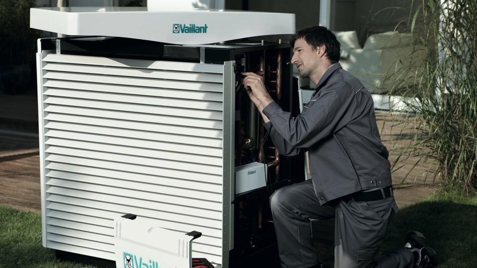 //www.vaillant.pl/media-master/global-media/vaillant/promotion/professionals/prof11-4473-01-45429-format-16-9@960@desktop.jpg